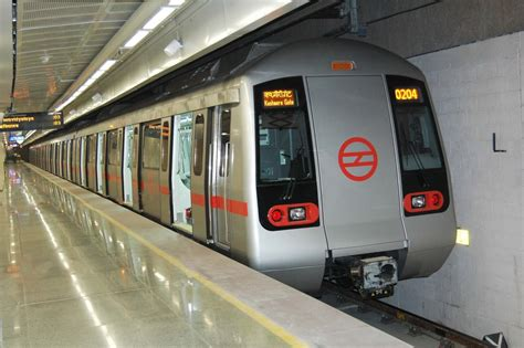 Mba Marketing In Delhi Metro by Delhi Metro Rolls Out Fully Ad Wrapped Indiamart