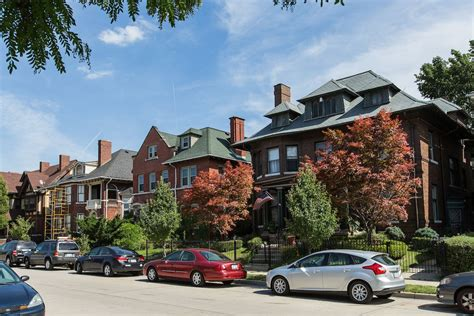 buying a house in detroit metro detroiters need to earn 39k a year to buy a house