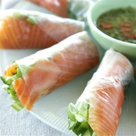How To Make Sushi With Rice Paper - 1000 ideas about blowfish sushi on sashimi