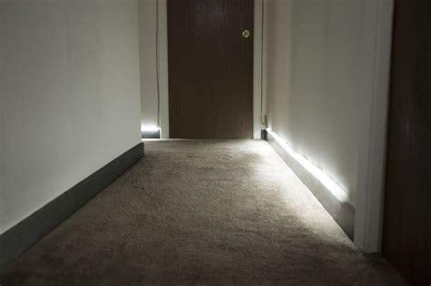 automatic hallway runner lights