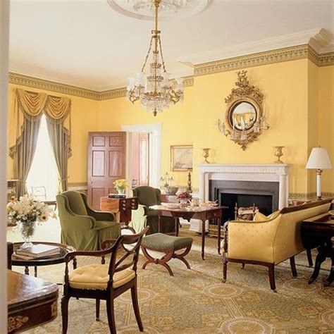 golden yellow walls  living room  gracie mansion