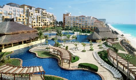 best place to stay in cancun americana condesa cancun resort