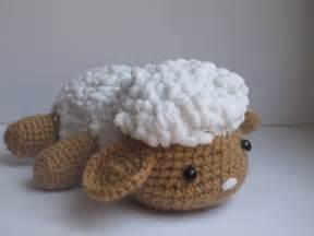 Ovejita tejida a ganchillo crochet putum putum