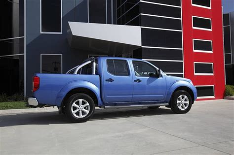 nissan navara 2 5 diesel review 2010 nissan navara st x now available with upgraded 2 5