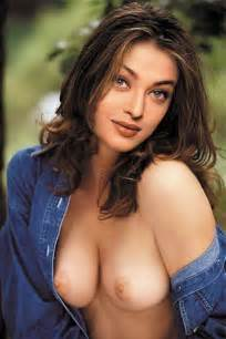 abg indo hot bollywood actresses without bra