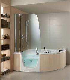 die moderne badewanne f 252 r kleines badezimmer ausw 228 hlen walk in bathtub with shower 171 bathroom design