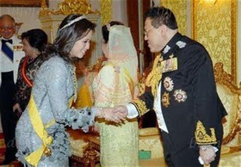 wajah sultan brunei aku wajah wajah hrh pengiran isteri azrinaz mazhar hakim