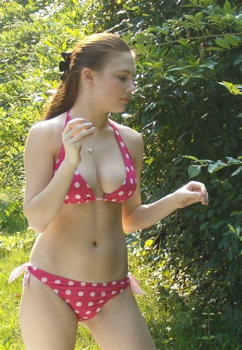 preteen girls with panties in crack file pink polka dots jpg wikimedia commons