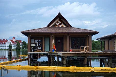 disney bungalows disney s polynesian a resort in transition