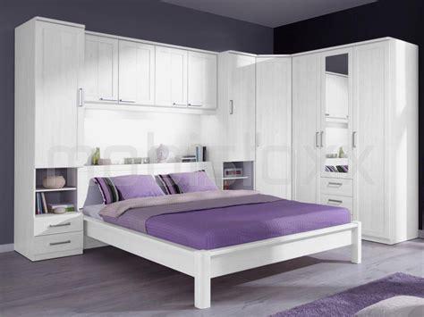 chambre pont chambre a coucher avec pont de lit top classe lattes de