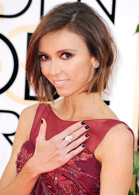 giuliana rancic dyes hair red photo us weekly giuliana rancic most expensive red carpet jewelry ever