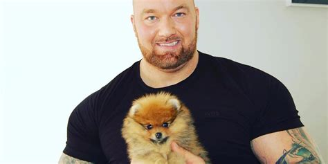 actor dog game of thrones game of thrones the mountain actor has the cutest puppy