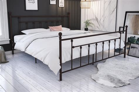 Rustic Metal Bed Frames by Metal Bed Frame Antique King Size Bed Rustic Vintage