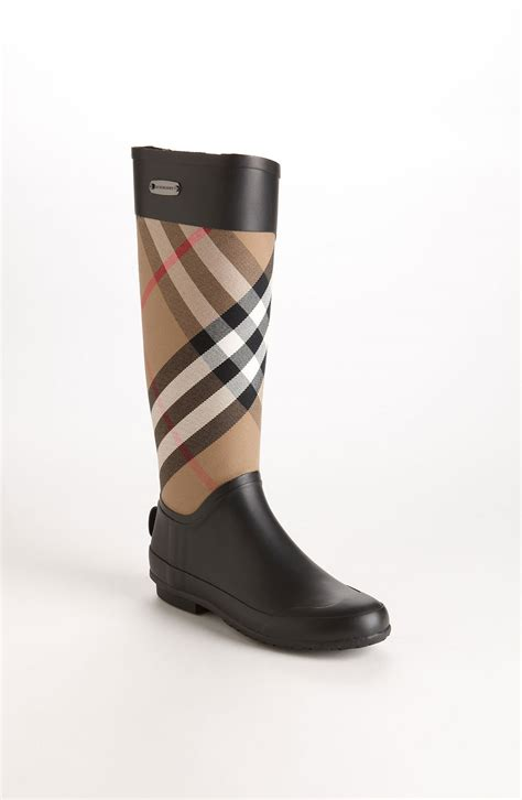 burberry boots burberry clemence boot in beige housecheck lyst