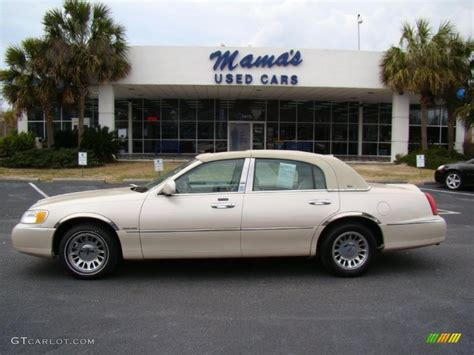 all car manuals free 2000 lincoln town car interior lighting 2000 lincoln town car information and photos momentcar