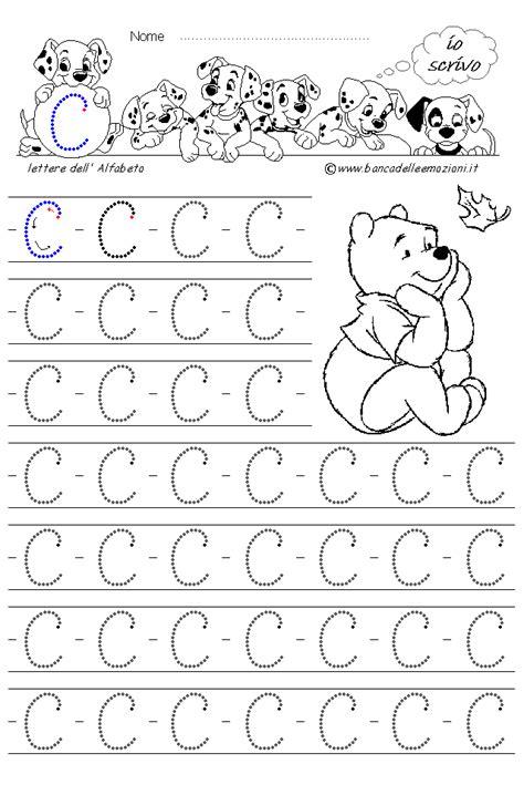 lettere da copiare disegni alfabeto decorato pictures to pin on