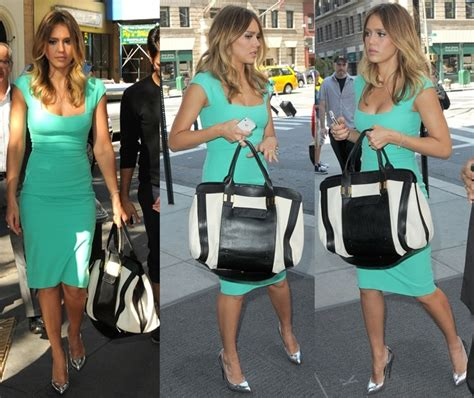 how to wear silver metallic pumps with a turquoise dress