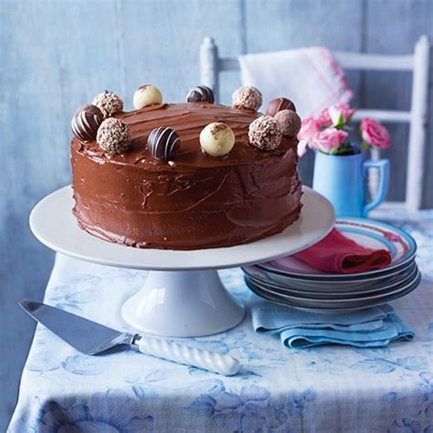 Chocolate Fudge Cake Decoration Ideas by 10 Of The Best Birthday Cake Recipes Housekeeping