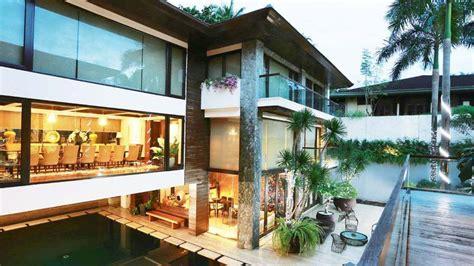 manny  jinkee pacquiaos modern tropical house