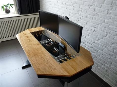 Computer Inside Desk by Coolermaster Forum S Member Builds The Most Impressive Pc
