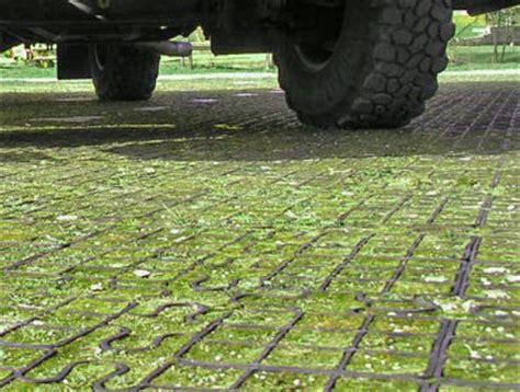 Rasengitter Kunststoff Befahrbar by Rasengitter Als Rasenschutz