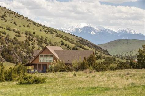 national loons vacation house homes for sale near national parks zillow porchlight