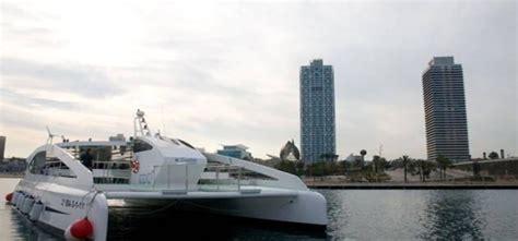 catamaran ecologico barcelona catamar 225 n ecol 243 gico para eventos de hasta 147 invitados