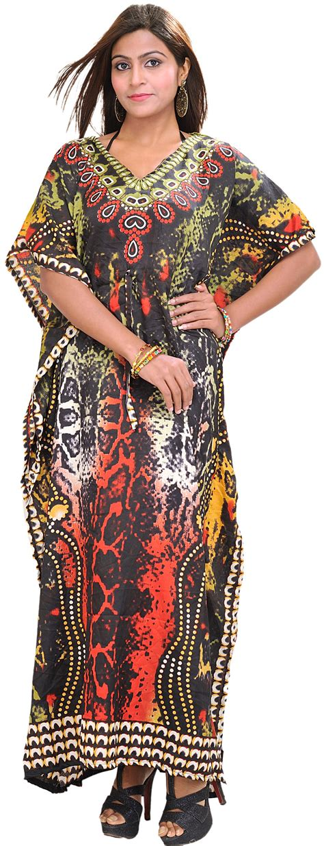 Kaftan Batik Alvia Matt Batik multi color batik printed kaftan with dori at waist