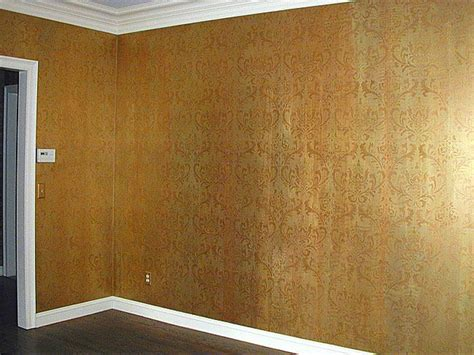 Wand Gold Streichen by Background Wall Finish Is Done With 3 Metallic Acrylic