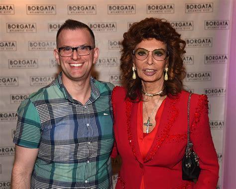 Italian Bathroom by Review Sophia Loren Brings A Taste Of Italian Style To