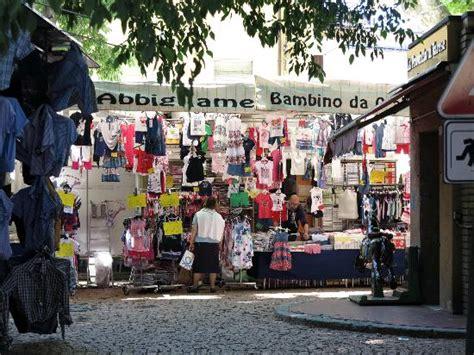 wann ist markt in luino markt 2 picture of luino market luino tripadvisor