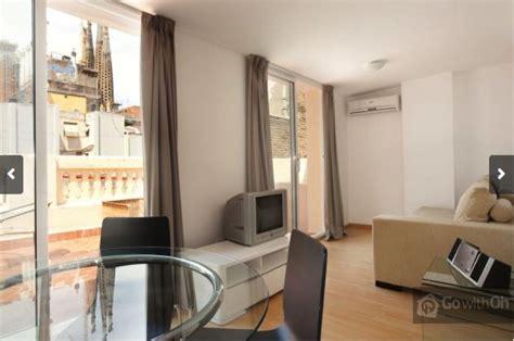 alojamiento barato en barcelona hoteles apartamentos alojamiento en barcelona bueno bonito y barato