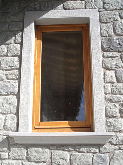 soglie e davanzali finestre e davanzali in pietra