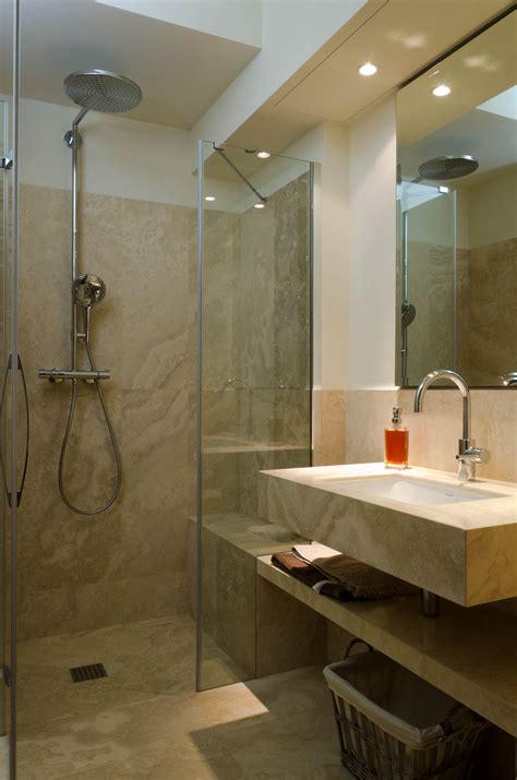 bagni rivestiti in pietra nebbia pavimento in travertino pdr036 pietre di
