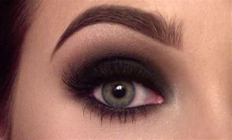 Eyeshadow Agar Mata Terlihat Besar tips makeup smokey agar tilan mata lebih besar dan