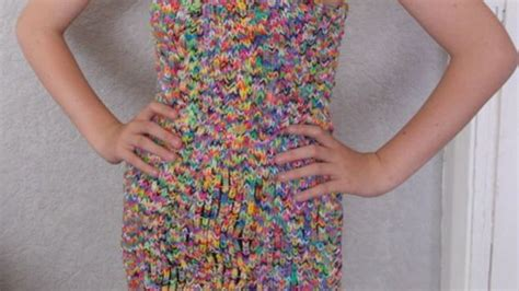 loom band dress video 16 first child to make a adult this rainbow loom dress can be yours for a mere 290 000