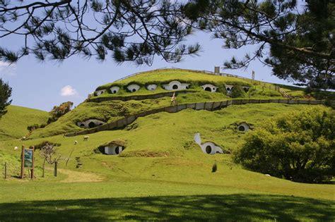 Earth Shelter Underground Floor Plans by File Hobbiton Jpg Wikipedia