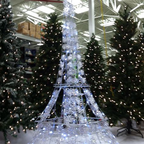 eiffel tower light up yard decor found at lowe s la tour
