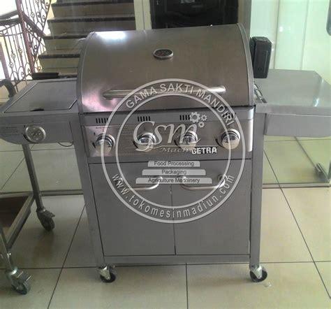 Gas Barbeque W Side Burner Pemanggang Barbeque Fh 12068 3 mesin pemanggang barbeque getra toko alat mesin usaha