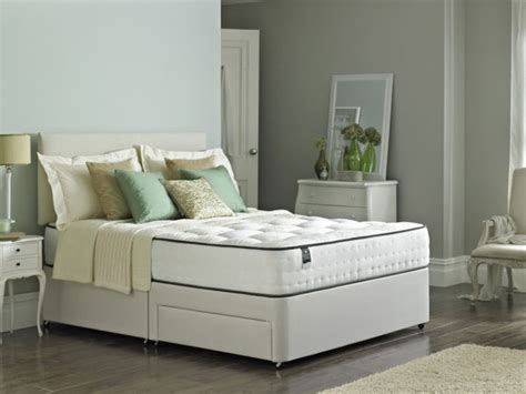Assured Comfort Beds by 4ft6 Rest Assured Minerva 2000 Pocket Tufted