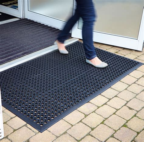 Non Slip Rubber Floor Mats by Rubber Mats Outdoor Heavy Duty Entrance Mat Non Slip Floor