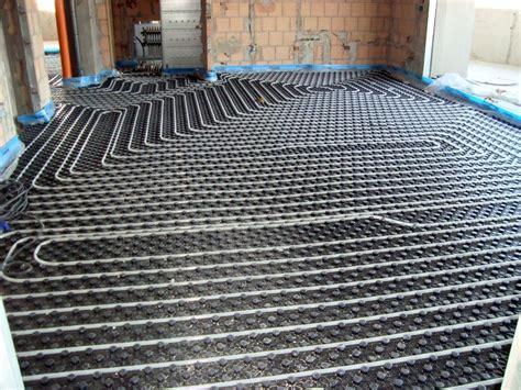 progetto riscaldamento a pavimento foto riscaldamento a pavimento de termo m 96704