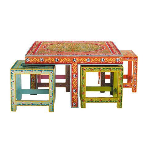 sgabelli maison du monde table basse 4 tabourets en acacia multicolores l 80 cm