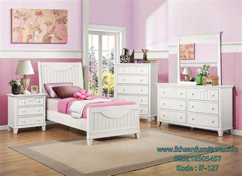 Nakas Minimalis Finishing Duco 3 Laci 2 Pcs 1 tempat tidur anak perempuan minimalis desain kamar anak