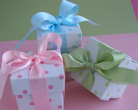 Baby Shower Souvenirs Cheap by Baby Polka Dot Favor Box Kit