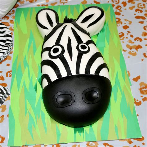 zebra pattern fondant cakes zebra face fondant cake catjuggling com