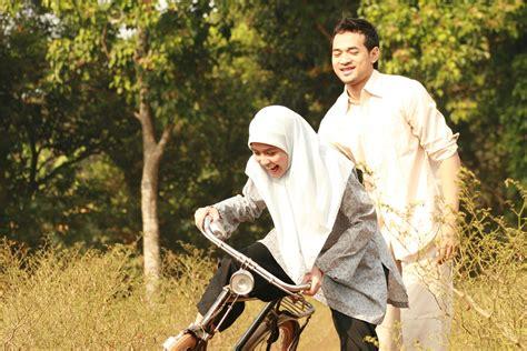 film layar lebar indonesia paling laris ini dia 6 film bertema religi paling laris di indonesia