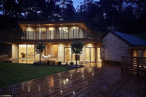 grand designs wooden house grand designs couple create a glorious woodland home of their dreams for just 163 160k