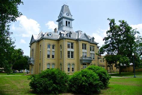 newton court house traveling texas my visit to 254 texas courthouses
