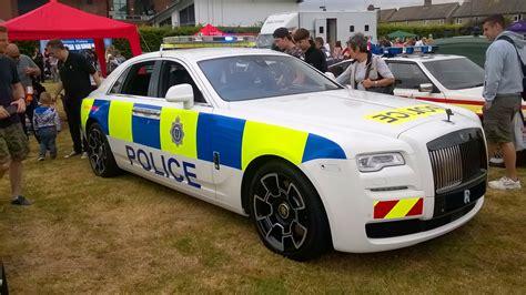 roll royce rols rolls royce creates a one off ghost black badge police car